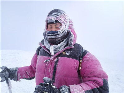 Winter climbing Mount Ararat